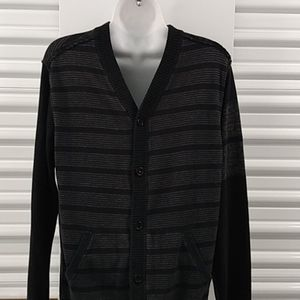 Small men's Quick Silver button up front sweater